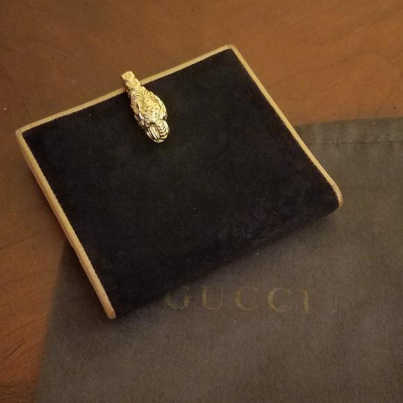 d37fd0bddc8c Gucci Bags | Vintage Lion Head Clasp Wallet | Poshmark